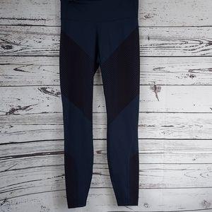 Gap fit sculpting compression leggings size xs